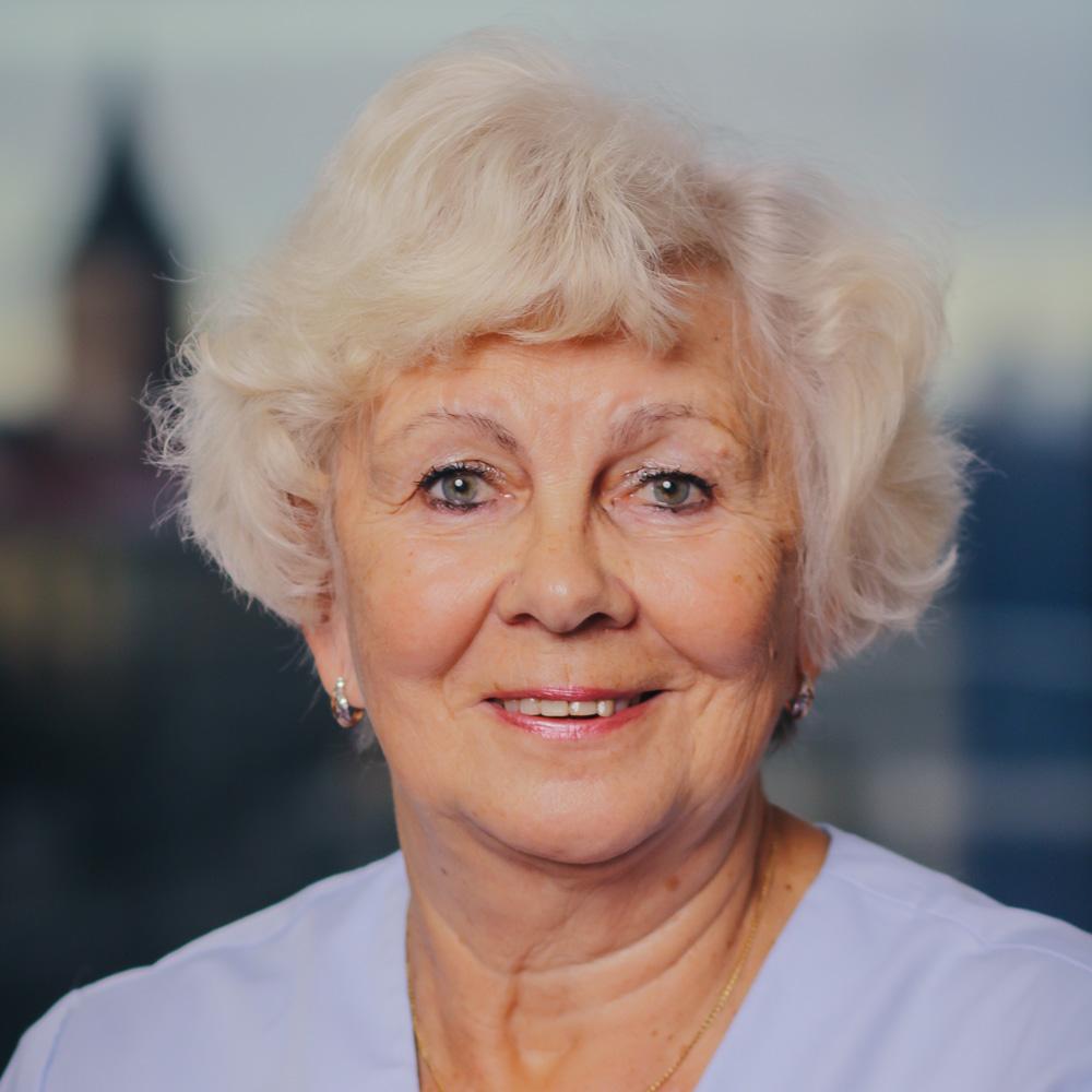 dr. Maie Nilson