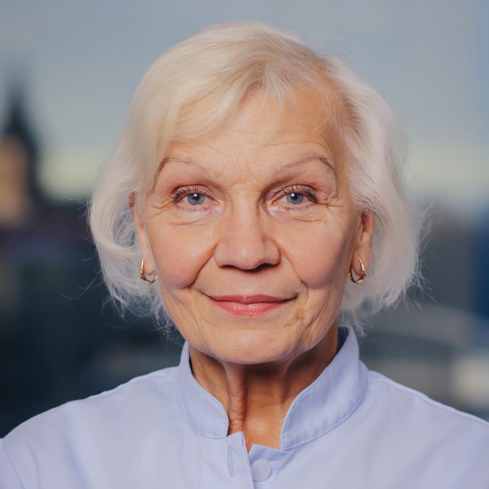 dr. Krista Kivimäe