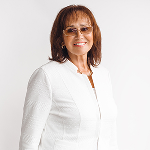 dr. Mari-Ann Abel