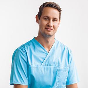 Dr Rasmus Ruus