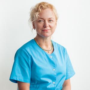 Dr. Margit Tarro