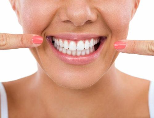 Hambaimplantaat asendab puuduoleva hamba ning sellest tuleneva ebakindluse